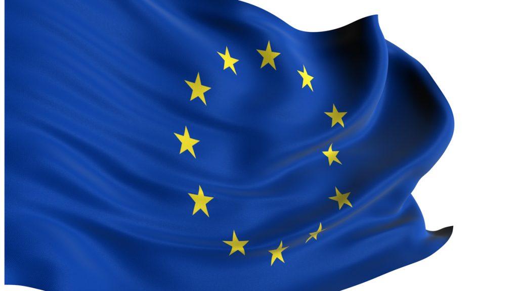 Euroopan unionin lippu liehuu.