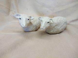 keraamiset lampaat.